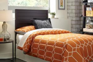 Fashion Bed GroupUptown Full/Queen Headboard